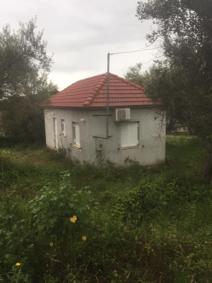 Πωλείται μονοκατοικία 40τμ σε οικόπεδο 1 στρέμματος στον Άγιο Γεώργιο Μεσολογγίου