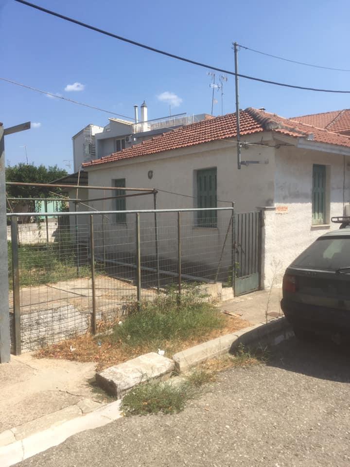 Πωλείται οικόπεδο με παλιά οικία στο Μεσολόγγι