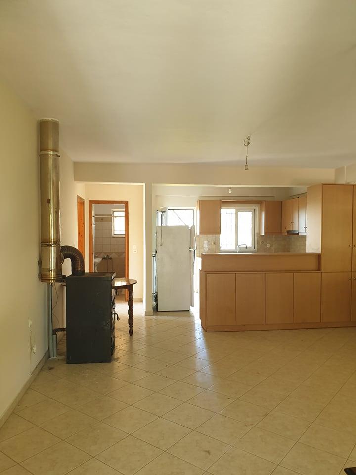 Ενοικιάζεται διαμέρισμα τεσσάρι 100τμ στο Ευηνοχώρι