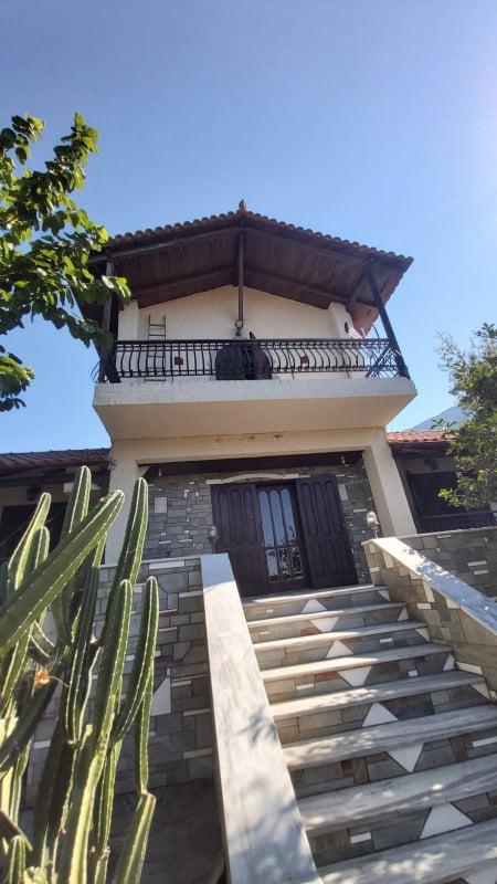 Ενοικιάζεται διώροφη επιπλωμένη μονοκατοικία 150τμ στο Γαλατά Αιτωλοακαρνανίας