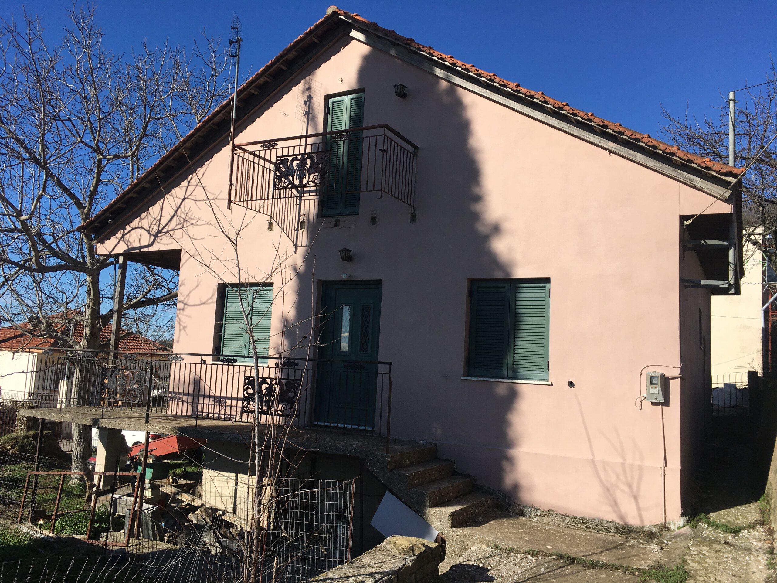 Πωλείται μονοκατοικία 150τμ σε οικόπεδο 450τμ στα Ελληνικά Μεσολογγίου