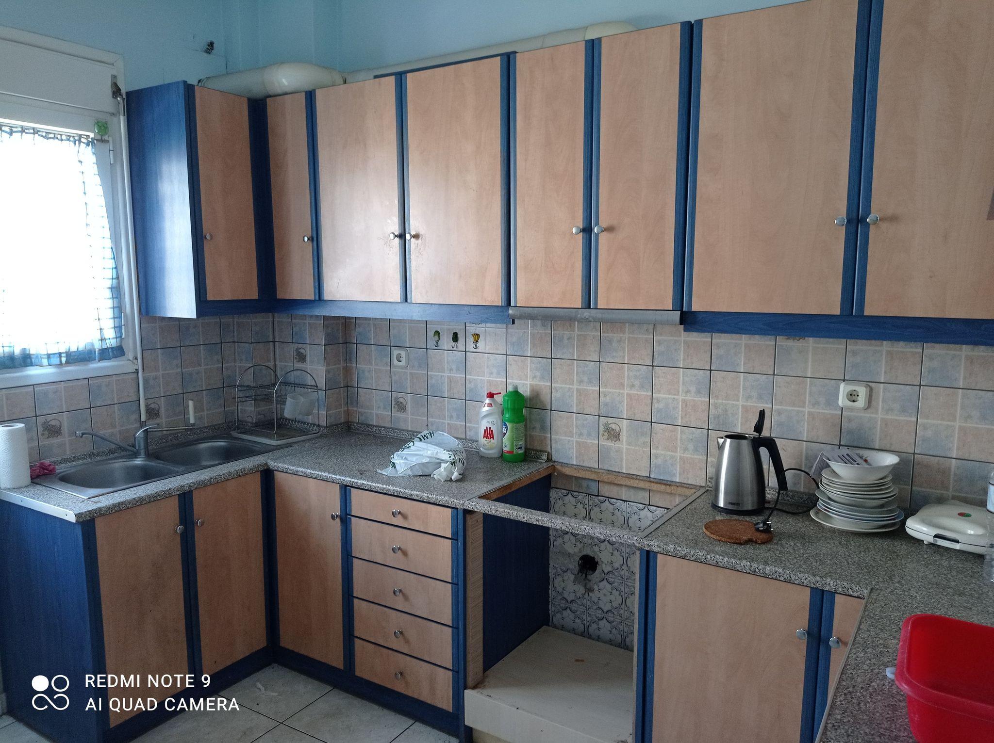 Πωλείται διαμέρισμα τριάρι 83τμ στην Αθήνα κοντά στον Σταθμό Λαρίσης